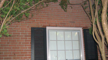 Are The Steel Angles Irons Over Your Windows Causing Cracks